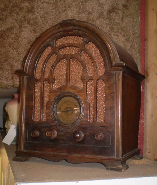 Rca Victor Cathedral Radio Model 121 Circa 1933 The Place
